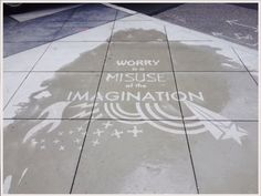 Rain-Activated Art In Seattle No One Can See Unless It Rains  By Rainworks This is so cool! Invisible rain activated side walk art <3