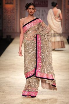 Manish Malhotra Sari at the Autumn/Winter 2012 Wills Lifestyle India Fashion Week