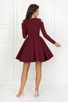 ZAIRA bordowa Burgundy Homecoming Dresses, Hoco Dresses, Maternity Dresses, Evening Dresses, Jean Dress Outfits, Dame Chic, Estilo Converse, Prom Dresses Long With Sleeves, Chic Dress