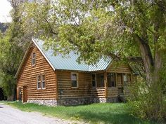 Ouray working ranch cabin rental.  Bring your horses!  3 br 2 ba $1500 week