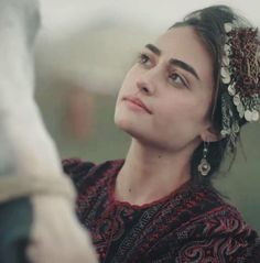 Turkish Women Beautiful, Turkish Beauty, Turkish Fashion, Famous Warriors, Best Profile Pictures, Esra Bilgic, Afghan Girl, Beautiful Series, Girl Photography Poses