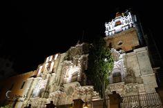Templo de la Compañía, Guanajuato. La fachada, tallada en piedra rosa, es de estilo barroco churrigueresco