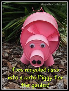 DIY pig from recycled cans