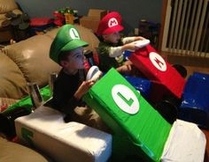 Cosplay Mario en vrai kart in real life IRL cute fun child bros awesome karting anime streaming online manga tv legal gratuit
