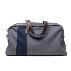 Cool men's gift idea: Weekender bag from Everlane Voyage Week End, Sac Week End, Fashion Network, Mens Travel, Mode Style, Men's Style, Style Men, Simple Style, Travel Bags