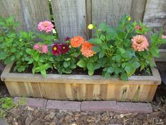 How to Build a Planter Box from an Old Fence #stepbystep