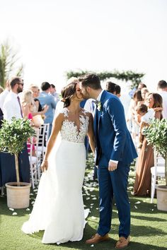 Elegant Tuscan Inspired Wedding in Dubai #destinationwedding #dubai #internationalwedding #weddingday #weddingideas #bride #weddingdress #brideandgroom #groom #suit