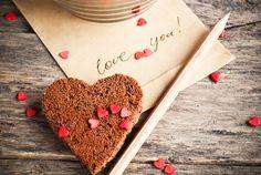#SANVALENTIN El día se acerca y muchos de nosotros nos sentimos un poco perdidos a la hora de sorprender a nuestra pareja en el día de los enamorados. Estas ideas románticas te ayudarán a acertar, ¡toma nota!