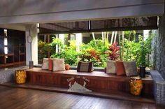 A hotel with a breathtaking beach on its doorstep.  فندق آفاني سيشيلس أربع نجوم مع إطلالة رائعة للشاطئ💙 To know more about our trip to the Seychelles check the blog لمعرفة المزيد عن رحلتنا إلى جزر السيشيل  يمكنك قراءة المدونة على الرابط  http://www.easttowestadventures.com/en/seychelles-tropical/ #easttowestadventures #travelblogger  #travelphotographer #seychelles #honeymoon #beach #beachholiday #avaniseychelles #avaniseychellesbarbaronsresortandspa #hotel #blogger #holidayfactory