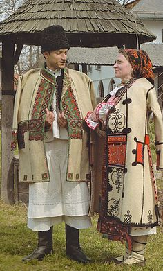 Beius Folk Costume, Costume Dress, Romanian People, European Costumes, Costumes Around The World, Art Populaire, Folk Clothing, Festival Costumes, Historical Women
