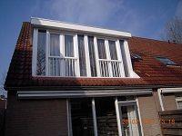 Project dakkapel plaatsen met dubbele deuren en 2 kamers, meer info www.Dakdidak.nl