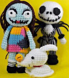 Amigurumi Halloween Dolls Jack Skelington Sally by rabbizdesign Halloween Doll, Halloween Crochet, Crochet Dolls, Knit Crochet, Jack The Pumpkin King, Crochet Disney, Crochet Decoration, Crochet Projects, Crochet Crafts