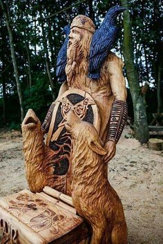 Tommy Craggs Tree Sculpting Odin Throne (Go see the others! Art Sculpture En Bois, Driftwood Sculpture, Lion Sculpture, Wooden Sculptures, Tree Carving, Wood Carving Art, Wood Art, Wood Carvings, Chainsaw Carvings