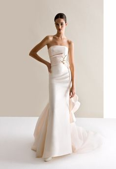 Dazzling Wedding Dresses from Antonio Riva Collectiogn 2015 - Be Modish - Be Modish