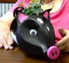 Bleach Bottle Pig Planter · How To Decorate A Bottle Vase · Gardening and Decorating on Cut Out + Keep Plastic Jugs, Plastic Bottle Crafts, Plastic Art, Plastic Containers, Recycled Bottles, Recycled Crafts, Bleach Bottle, Ways To Recycle, Reuse