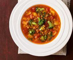 Recepty: Quiche s lučinou a rajčaty Halibut, Chana Masala, Quiche, Chili, Soup, Ethnic Recipes, Chili Powder, Chilis, Quiches