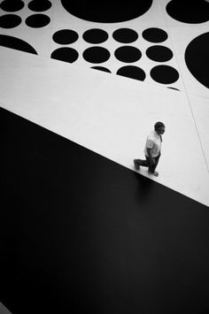 Black and white striped walkway Black And White Design, Black And White Colour, Black And White Pictures, Shades Of Black, Dramatic Photography, Black And White Photography, Geometry, Monochrome, Colours