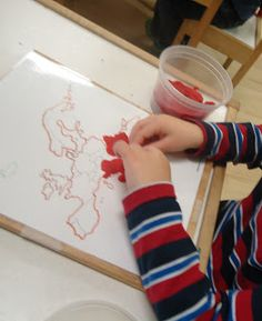 Play Doh Map of Europe (or any country) What Is Montessori, Montessori Homeschool, Montessori Classroom, Maria Montessori, Montessori Toddler, Montessori Activities, Continents And Countries, Math Manipulatives, Future Classroom
