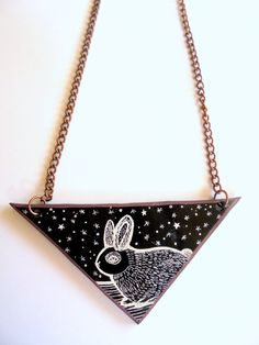 Falling into the rabbit hall by PuepueGuzaque on Etsy Rabbit, Shoulder Bag, Trending Outfits, Unique Jewelry, Handmade Gifts, Etsy, Vintage, Bunny, Kid Craft Gifts