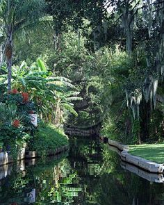 City of Winter Park, great for a stroll, the farmers market and art fairs