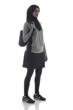 High quality, short, slip-on sports hijab. Muslim Women Fashion, Modest Fashion, Hijab Fashion, Nike Fashion, Sport Fashion, Sports Hijab, Swimsuits 2014, Sport Mode, Mode Hijab
