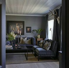 Home of Halvor Bakke, Norwegian designer My Living Room, Living Room Decor, Living Spaces, Feng Shui, Living Room Inspiration, Interior Inspiration, Home Interior Design, Interior Decorating, Room Interior