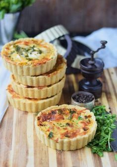 Kuebis Quiche mit Paprika und Feta - Pumpkin Quiche with red pepper and fest cheese