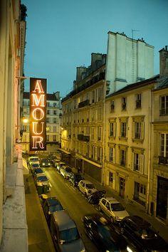 Hotel Amour, Paris | http://www.hotelamourparis.fr/presentation/