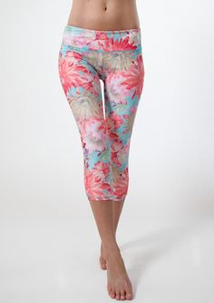 SUP900 Have fun in our brocade print capri. You'll love the comfortable fit and the flattering shirring on the back side. Details & Materials Lightweight, Non see-through, Versatile from land to water