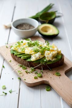 Scrambled eggs avocado toast - quick and healthy breakfast toast to give you a good start to a day. Easily done even on a busy morning.