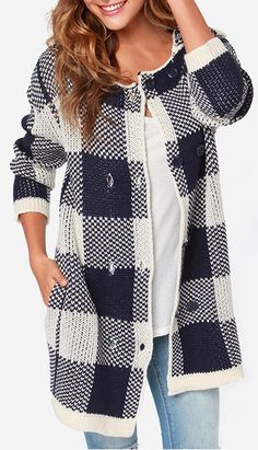 We gotta hand it to you, the JOA Laissez Square Navy Blue and Cream Sweater Jacket is the best choice you could make all day! Navy blue and cream square patterns decorate this sweater jacket. Cream Sweater, Sweater Coats, Cozy Sweaters, Sweater Jacket, Winter Wear, Autumn Winter Fashion, Fall Fashion, Mega Sena, Tunic Tank Tops