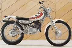 Yamaha TY175 - Love the shape of these.