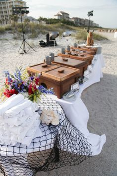 Buffet tablescape - how cool it that! I love the wood!