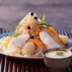 Découvrez la recette Choucroute de la mer sur cuisineactuelle.fr.