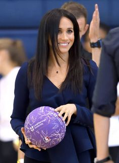 Meghan Duchess of Sussex attends the Coach Core Awards held at Loughborough University on September 24 2018 in Loughborough England Meghan Markle Latest, Meghan Markle Suits, Meghan Markle Hair, Meghan Markle Photos, Meghan Markle Style, Latest Hairstyles, Straight Hairstyles, News Fashion, Style Fashion