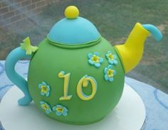 Cheery Teapot One of two teapot cakes made for an Alice In Wonderland birthday party. This one was strawberry pink lemonade cake covered. 3d Cakes, Cupcake Cakes, Cupcake Ideas, Pink Lemonade Cake, Walnut Kernels, Teapot Cake, Caramel Icing, Alice In Wonderland Birthday, Food Obsession