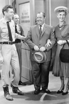 Don Knotts and Andy Griffith in The Andy Griffith Show 24... https://www.amazon.com/dp/B00OJ7JG3C/ref=cm_sw_r_pi_dp_x_qLFnybBQYGAZK