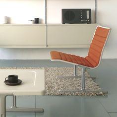 Vitsoe Furniture & Braun RT20 radio ...  Dieter Rams design