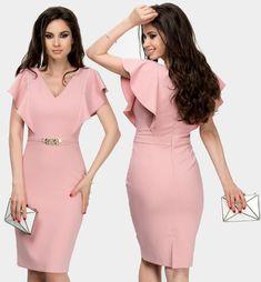 Rochie Cezara Aura Carina roz pudrat midi cu detaliu talie Elegant Outfit, Classy Dress, Elegant Dresses, Pretty Dresses, Beautiful Dresses, Casual Dresses, African Dresses For Kids, African Fashion Dresses, Office Dresses For Women