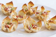 Won Ton Appetizer Bites Recipe - Kraft Canada Wonton Appetizers, Best Appetizer Recipes, Bite Size Appetizers, Quick And Easy Appetizers, Snack Recipes, Cooking Recipes, Delicious Appetizers, What's Cooking, Snacks