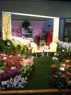 Pillow Talk with Doris Day and Rock Hudson gardens at the NWFGS