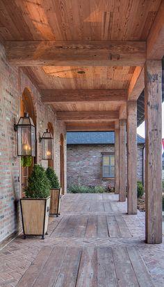 32 super Ideas for farmhouse brick porch house plans - Farmhouse Plans Porch House Plans, Rustic House Plans, House With Porch, Farmhouse Plans, Modern Farmhouse, Brick House Plans, Acadian House Plans, Brick Houses, Barn Houses