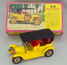 VINTAGE BOXED MATCHBOX MODELS OF YESTERYEAR Y-5 YELLOW 1907 PEUGEOT MODEL CAR