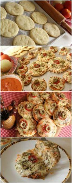 MASSA CASEIRA PARA MINI PIZZAS... FÁCIL, RÁPIDA, DELICIOSA! (veja a receita passo a passo) #pizza #massadepizza #minipizza Pizza Recipes, Snack Recipes, Cooking Recipes, Snacks, Pizza Facil, Mini Pizzas, Good Food, Yummy Food, Portuguese Recipes