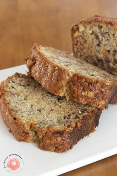 Banana Bread is one of our absolute favorite treats.  My girls love it and honestly I do too.  There is something so comforting about warm banana bread, it just makes a perfect after school snack or homemade gift. Whenever I pop over to a Starbucks I can usually count on the girls starting to ask … Paula Deen Zucchini Bread, Easy Zucchini Bread, Quick Bread, Artisan Bread, Dried Cranberries, No Bake Desserts, Dessert Recipes, House Pics, Simply Recipes