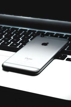 """ iPhone 6s x Macbook Pro Photographer: rotkiff """