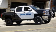 Manhattan Beach (CA) Police # 380 Chevy Silverado 1500 4x4