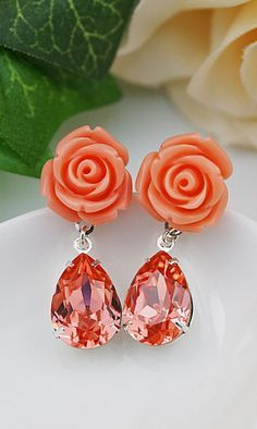Coral flower and Rose Peach Swarovski Crystal Drop Earrings Coral Wedding Themes, Spring Wedding Colors, Coral Weddings, Coral Accessories, Coral Jewelry, Emerald Earrings, Drop Earrings, Gemstone Earrings, Bridesmaid Jewelry
