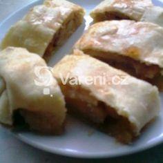 Fotografie receptu: Jogurtový závin s jablky