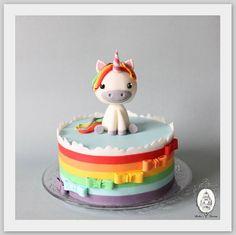 Einhorn Torte (Jule&Lotte Geburtstag?)